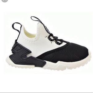 Nike Huarache Drift toddler sneakers in size 5